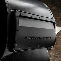 Traeger Pelletgrill Ironwood 650 mit WiFIRE Technologie